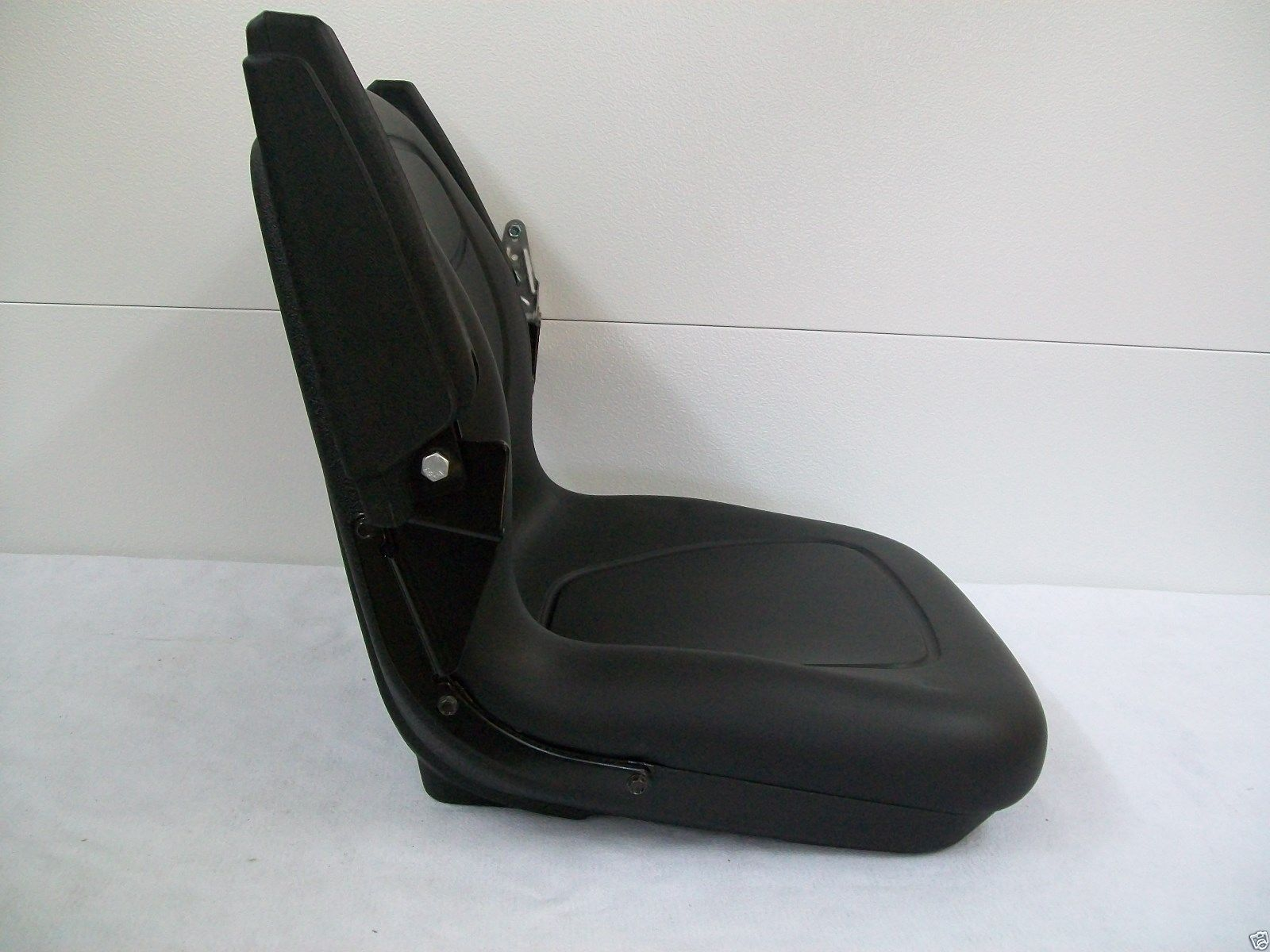 BLACK SEAT FIT KUBOTA B7410 B7510 B7610 B2710 B2910 COMPACT TRACTOR GG 171917610807 4 black seat fit kubota b7410, b7510, b7610, b2710, b2910 compact kubota b7510 wiring diagram at readyjetset.co
