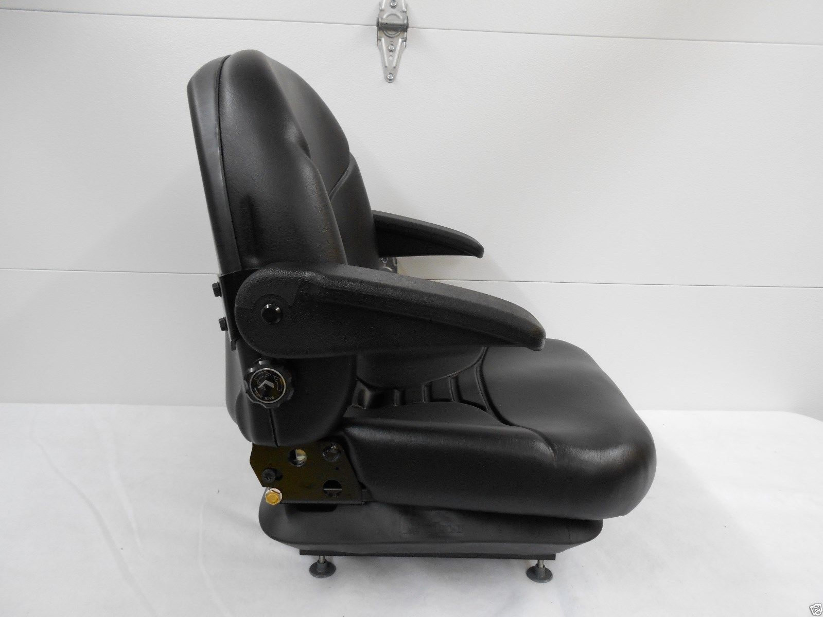 Michigan Black Seat Milsco V5300 High Back Suspension