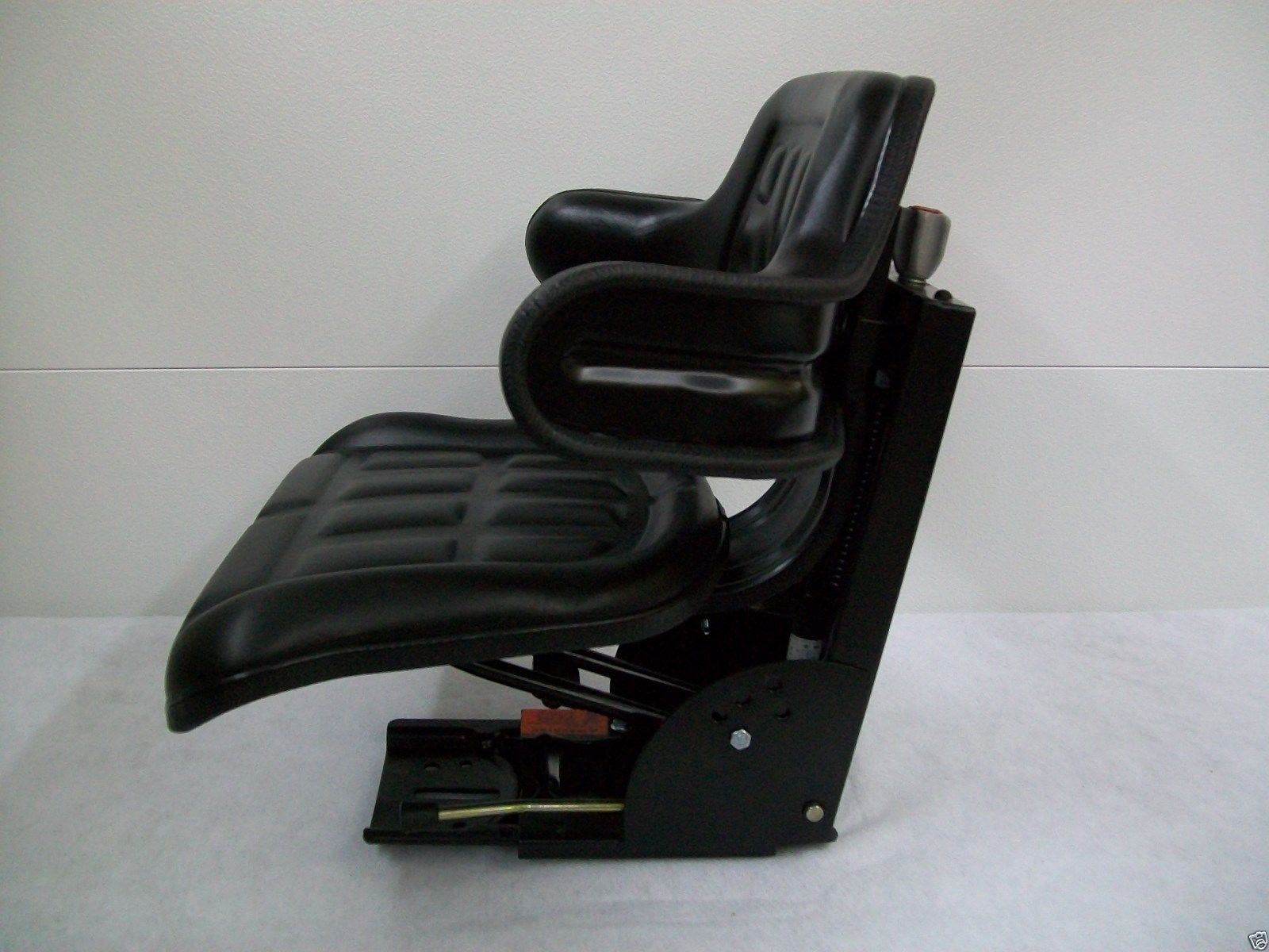 801 Ford Seat : Suspension seat ford new holland tractor n naa