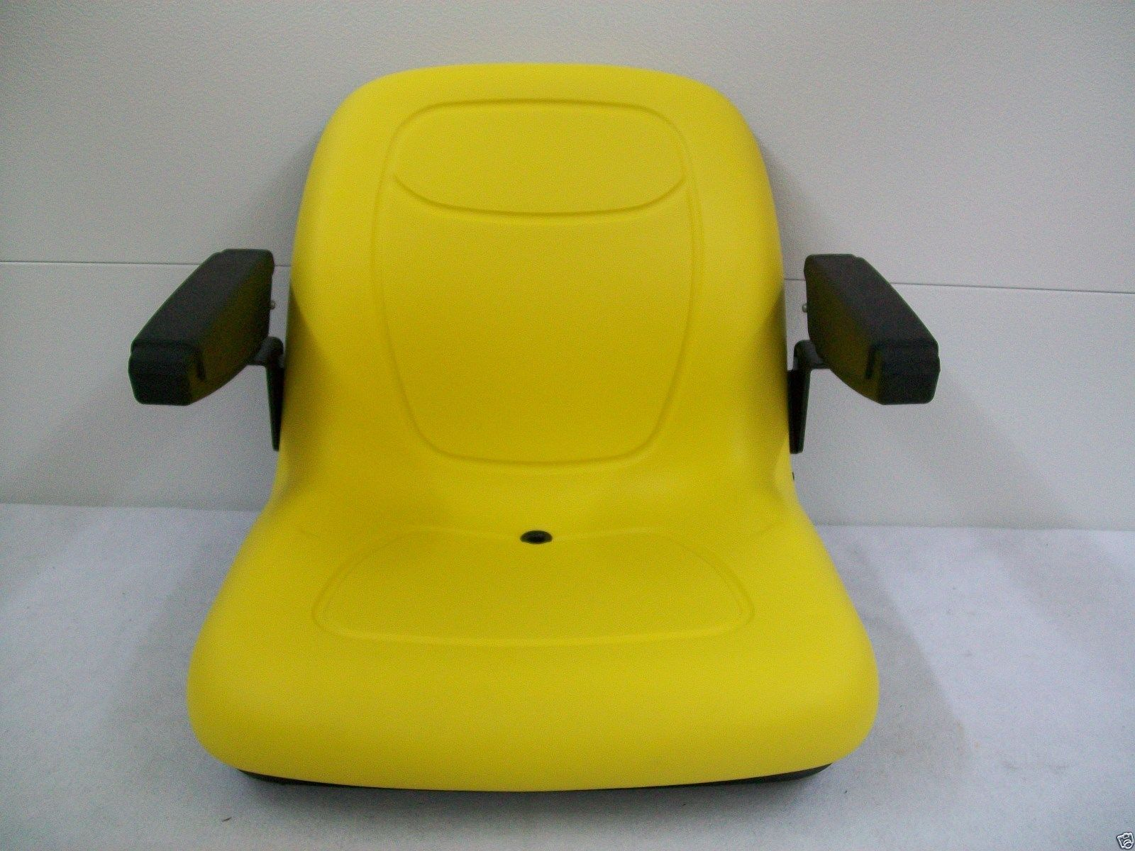 YELLOW SEAT JOHN DEERE F510, 240, 245, 260, 265, 285, 320, 325, 335, 345,  425, AM123666 #GU