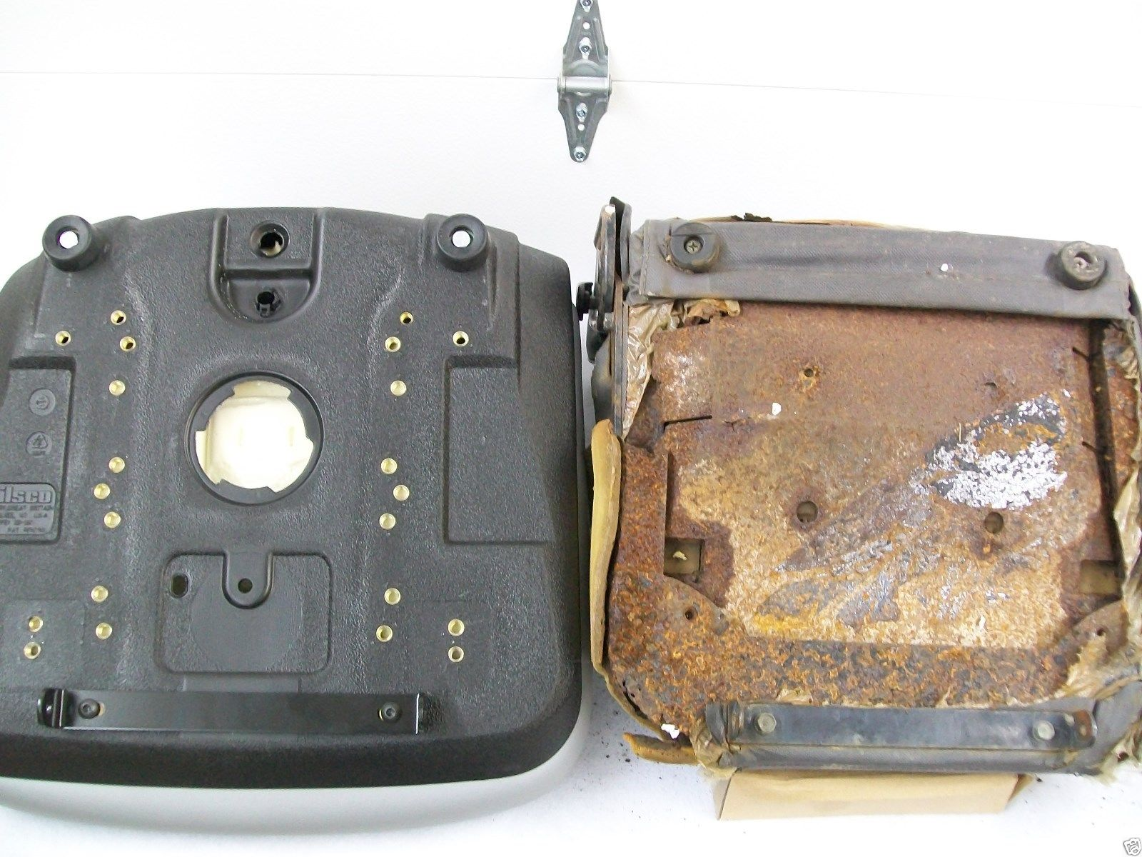 Black Seat Kubota L3010 L3410 L3710 L4310 L4610 Compact Tractor Wiring Diagram L48 Backhoe Kk