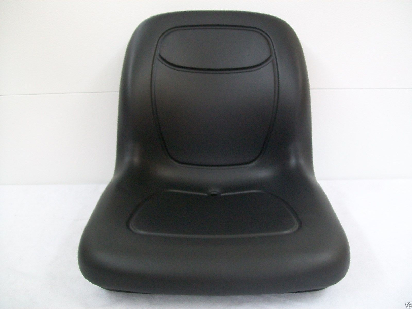 Compact Tractor Seats : Black seat for case ih compact tractor dx