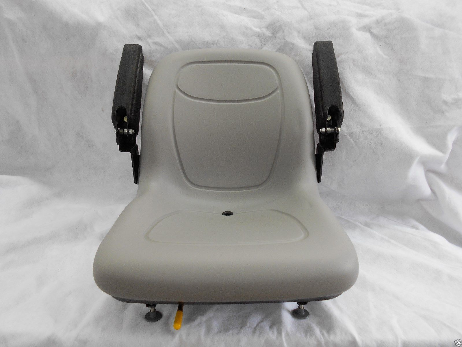 Gravely Replacement Seat : Gray seat fold up arm rests hustler dixie chopper