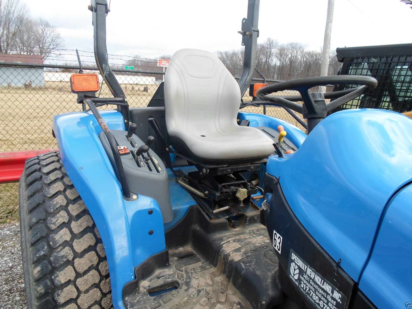Ford New Holland 4330v Seat : Gray seat ford new holland tc tractor d da