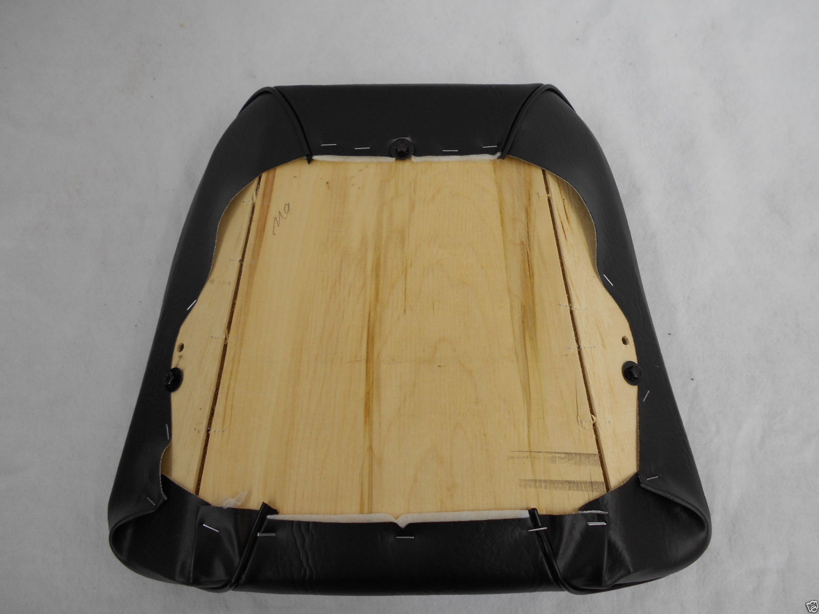 kubota seat replacement cushion set m series tractor m4030 m4700 rh seat warehouse com Kubota M5700 Fire Kubota M5700 Bucket