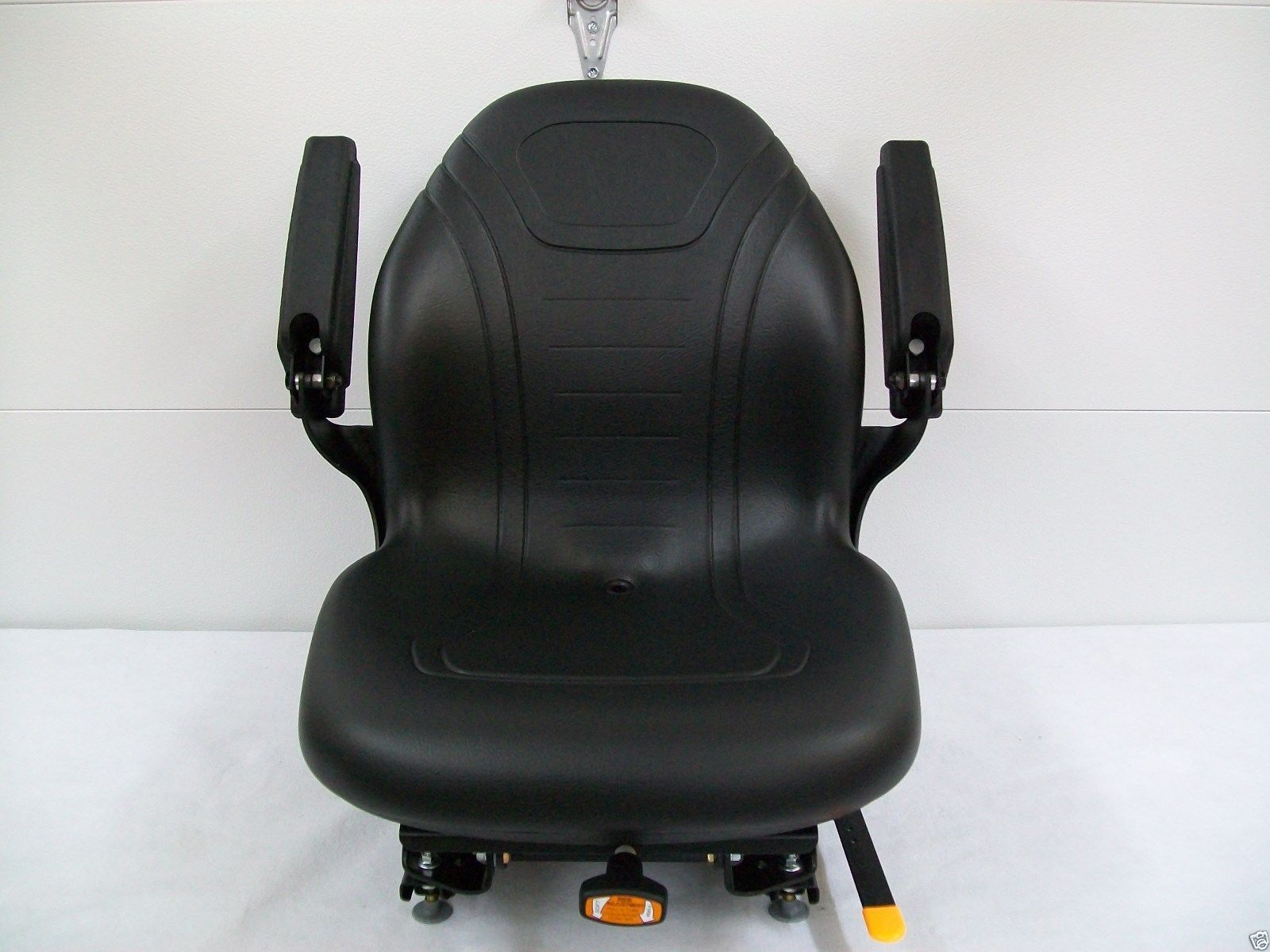 Black Suspension Seat Hustler Exmark Scag Grasshopper